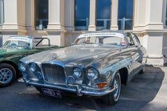 Jaguar d'annata grigio a Motorclassica immagini stock libere da diritti