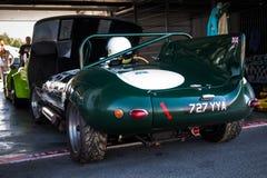 Jaguar D-typ tävlings- bil Arkivfoto