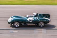 Jaguar D-typ tävlings- bil Royaltyfri Fotografi