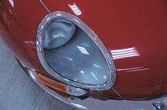 Jaguar E-typ huvud-ljus Arkivfoto