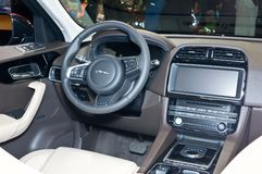 Jaguar-F-Tempo royalty-vrije stock afbeeldingen