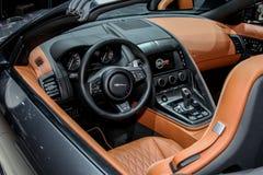 Jaguar F typ SVR eksponat przy 2016 Nowy Jork zawody międzynarodowi Aut Obraz Royalty Free
