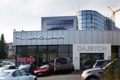 Jaguar-het bedrijfembleem van de autofabrikant voor het handel drijven Stock Afbeelding