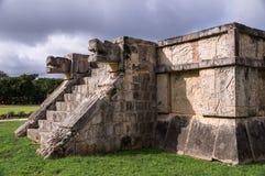 Jaguar-Köpfe Venus Platforms, Chichen Itza, Yucatan, Mexiko lizenzfreies stockbild
