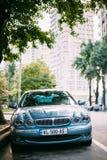 Jaguar-x-Type Auto in Straat wordt geparkeerd die Het x-type is een Entry-level Luxeauto Stock Fotografie