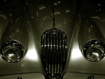 Jaguar XK 140 - 1957 de la vendimia Fotos de archivo libres de regalías