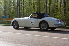 Jaguar 1958 XK 150 S på ADACEN Wurttemberg historiska Rallye 2013 Arkivbilder