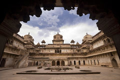 Jahangiri Mahal in Orchha - India stock foto's