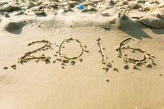 Jahr 2016 auf dem Strand für Hintergrund Stockbild
