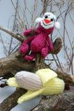 Jahr des Affen, gestricktes Spielzeug, Symbol, handgemacht Lizenzfreies Stockbild