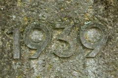 Jahr 1939 geschnitzt im Stein Die Jahre des Zweiten Weltkrieges Stockfotografie