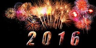Jahr 2016 geschrieben auf Fahne mit sparkly Feuerwerken und sparkly Buchstaben auf schwarzem Hintergrund Lizenzfreie Stockbilder
