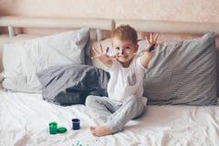2 Jahre alte Junge Stockfotografie