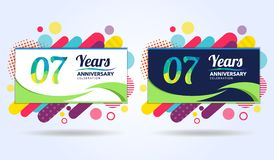 07 Jahre des Jahrestages mit modernen quadratischen Gestaltungselementen, bunte Ausgabe, Feierschablonenentwurf, Knallfeierschabl vektor abbildung