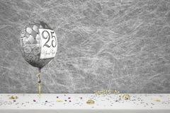 25 Jahre Hochzeitstag lizenzfreie stockfotografie