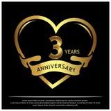 3 Jahre Jahrestag golden Jahrestagsschablonenentwurf für Netz, Spiel, kreatives Plakat, Broschüre, Broschüre, Flieger, Zeitschrif lizenzfreie abbildung