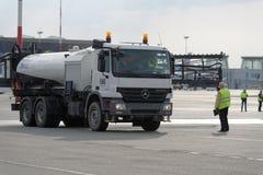 Jahresübersicht der Flughafenausrüstung in Pulkovo, St Petersburg, Russland Lizenzfreie Stockfotografie