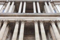 18. Jahrhundert St. Paul Cathedral, dekorative Spalten, London, Vereinigtes Königreich Lizenzfreies Stockbild