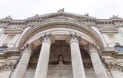 18. Jahrhundert St. Paul Cathedral, dekorative Spalten, London, Vereinigtes Königreich Stockfotos