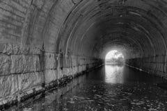 Jahrhundertalter Tunnel Lizenzfreies Stockfoto