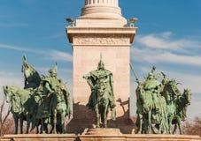 Jahrtausend-Monument auf der dem Quadrat oder dem Hosok Tere Helden ist eins der bedeutenden Quadrate in Budapest Stockbilder