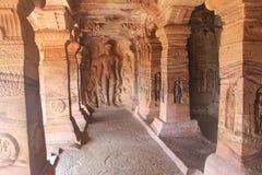 Jain konst på väggen av Badami grottatempel, Indien Royaltyfri Bild