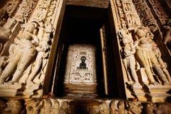 Jain Tempel Adinath Ostgruppe Tempel, Khajuraho, Madhya Lizenzfreie Stockbilder
