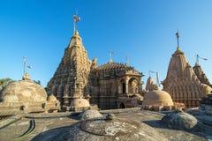 Jain Tempel auf Shatrunjaya-Hügel Stockbilder