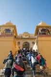 Jaipur, Inde - 29 décembre 2014 : Visite de touristes Amber Fort près de Jaipur, Ràjasthàn, Inde Photographie stock libre de droits