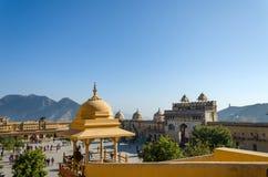 Jaipur, India - December29, 2014: Turystyczny wizyta bursztynu fort Obrazy Royalty Free