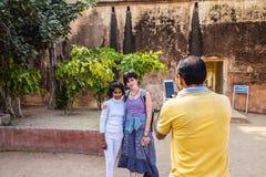JAIPUR INDIEN - JANUARI 12, 2018: Amer Fort gul fort Royaltyfria Bilder