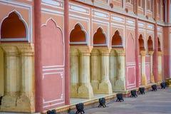 JAIPUR INDIEN - SEPTEMBER 19, 2017: Chandra Mahal museum, stadsslott på den rosa staden, Jaipur, Rajasthan, Indien arkivbilder