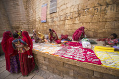 Jaisalmer,印度11月26日2015年:未认出的摊贩se 库存照片