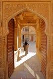 JAISALMER,拉贾斯坦,印度- 2017年12月20日:一个进口在Mandir宫殿里面的Jawahir维拉斯 免版税库存照片