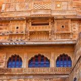 Jaisalmer, Раджастхан, Индия Традиционная индийская архитектура - r Стоковое Изображение RF