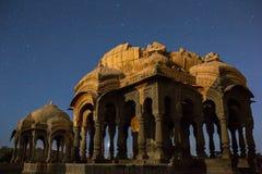 Jaisalmer Chhatris, σε Bada Bagh σε Jaisalmer, Ινδία Στοκ εικόνα με δικαίωμα ελεύθερης χρήσης