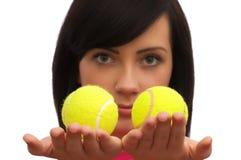 jaja dziewczyny tenis gospodarstwa 2 Obraz Stock