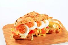Jajeczna Croissant kanapka fotografia stock