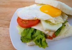 Jajeczna kanapka Zdjęcia Royalty Free