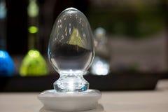 Jajka chemicl kolb kształtny szklany tło Zdjęcie Stock