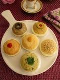 Jajka faszerujący z hummus Zdjęcia Royalty Free