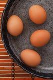 Jajka na niecce Zdjęcie Stock