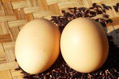 Jajka na ryżowej jagodzie Fotografia Royalty Free