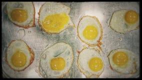 Jajka na smaży niecce Zdjęcia Stock