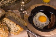 jajka smażący Obrazy Stock