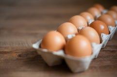 Jajka w kartonie Zdjęcia Royalty Free