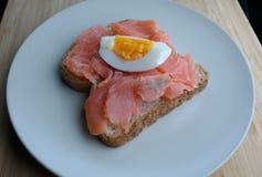 Jajko i łosoś Obraz Royalty Free