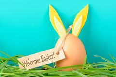 Jajko z królików ucho mówi Mile widziany wielkanoc Obrazy Royalty Free