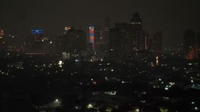 Jakarta, Indonésia - 1º de janeiro de 2019: Os fogos de artifício de ano novo 2019 na capital de Indonésia, Jakarta video estoque