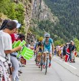 Jakob Fuglsang взбираясь Alpe D'Huez Стоковые Изображения